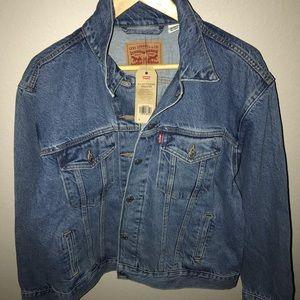 Levi's Ex- boyfriend trucker jacket